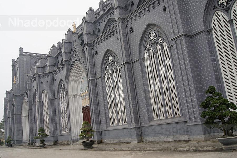 Nhà thờ Phú Nhai.