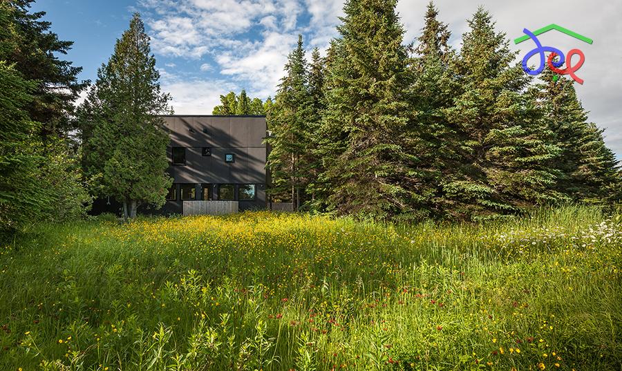 Thiết kế nhà nghỉ gia đình với mái hình chữ V