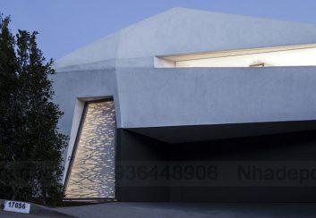 Thiết kế biệt thự 2 tầng trên sườn đồi Malibu