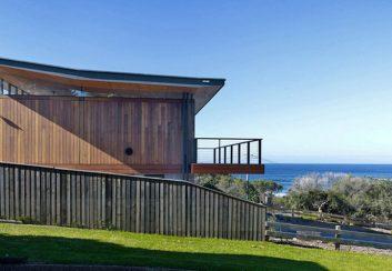 Thiết kế nhà nghỉ bên bờ biển Mona Vale, Australia
