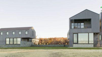 Thiết kế nhà nghỉ với tường đá màu xanh