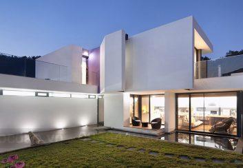 Thiết kế nhà phố cho 3 thế hệ trên diện tích đất bị méo